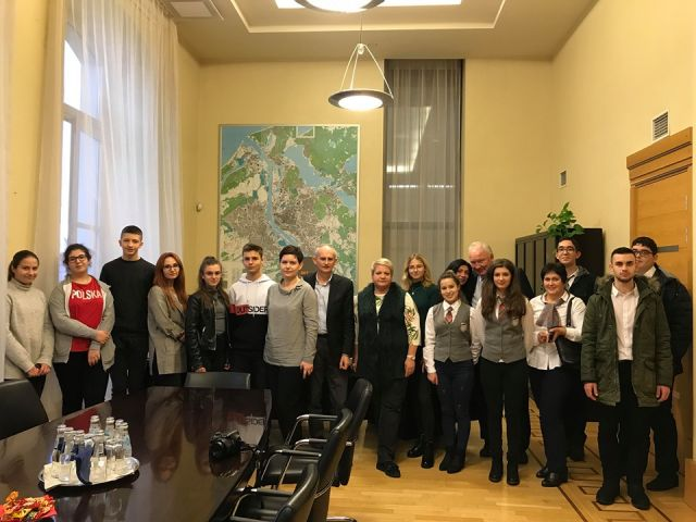 Участие в програма Еразъм+ - Латвия [19.11.2019]